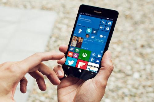 Một thiết bị chạy Windows 10.