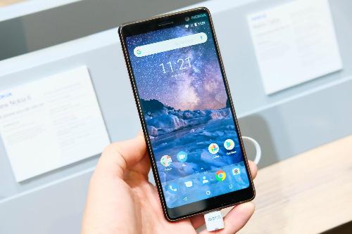 Nokia 7 Plus là smartphone Android đầu tiên của thương hiệu Phần Lan sử dụng màn hình kiểu 18:9.