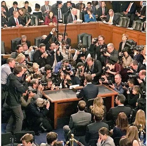 Tối nay CEO Facebook tiếp tục điều trần trước Hạ viện Mỹ