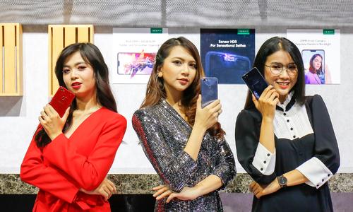 Oppo F7 về Việt Nam, giá từ 7,99 triệu đồng