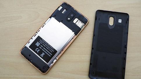 Nokia chiều lòng người dùng bằng smartphone Android nguyên bản - 2