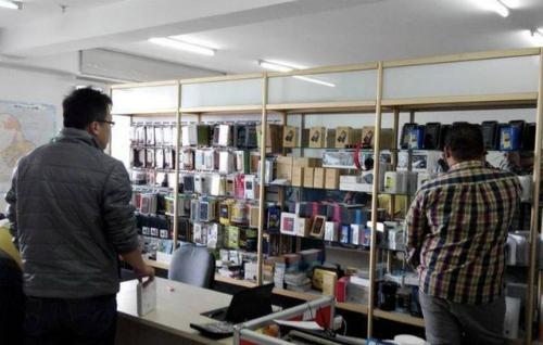 5 'chiêu' tiếp thị của nhân viên bán điện thoại di động