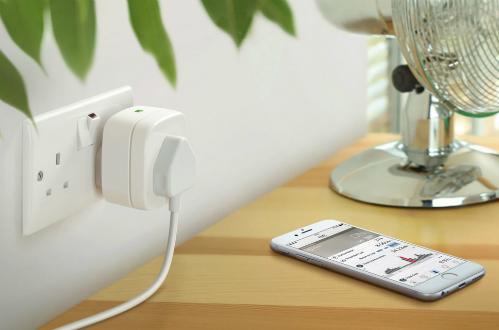 Ổ cắm thông minh có thể được điều khiển từ xa qua smartphone.