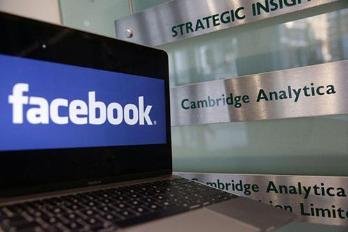Cambridge Analytica và công ty mẹ SCL Group phá sản.