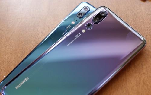 Xanh Deep Blue và tím Twilight là hai màu của Huawei P20 Pro ở Việt Nam.