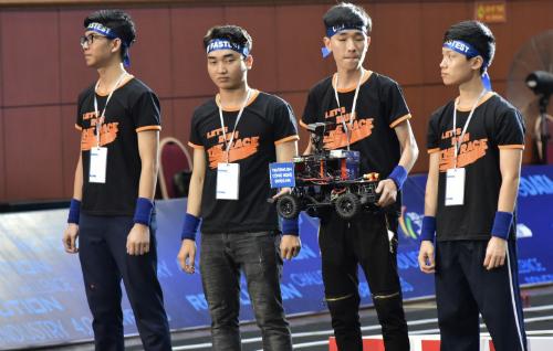 Đại học Công nghệ - Đại học Quốc gia Hà Nội chiến thắng Cuộc đua số - ảnh 1