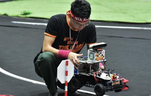 Đại học Công nghệ - Đại học Quốc gia Hà Nội chiến thắng Cuộc đua số - ảnh 2