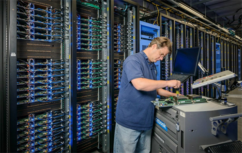 Chi phí hàng đầu của các công ty như Google, Facebook liên quan đến xây dựng, bảo trì các trung tâm dữ liệu.