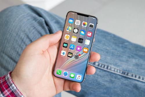 Rất nhiều tin đồn và ảnh rò rỉ về iPhone SE 2 đã xuất hiện.