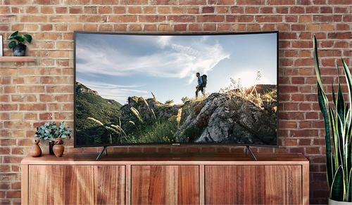 Những TV dưới 30 triệu có màn hình lớn cho mùa World Cup - 2