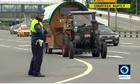 Video '70 tuổi vẫn lái máy kéo đi xem World Cup' được chú ý nhất Internet tuần qua