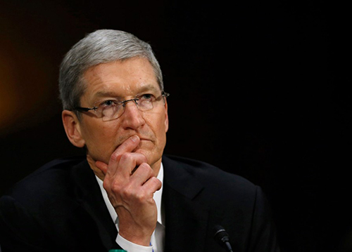 tim-cook-dung-gan-bet-bang-trong-top-100-ceo-nuoc-my