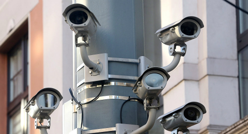 Hệ thống giám sát ở Trung Quốc là sự kết hợp giữa camera độ nét cao, công nghệ AI, tính năng nhận diện khuôn mặtvà Big Data.