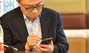 Galaxy Note9 lộ diện trên tay CEO Samsung