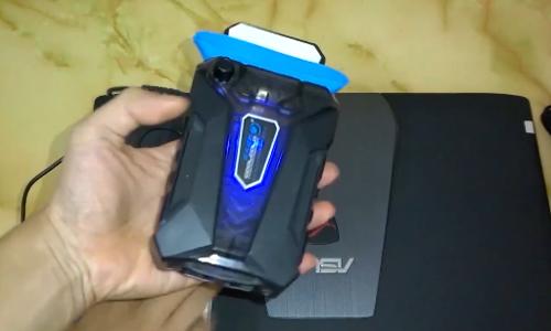 Máy hút nhiệt laptop - món đồ hữu dụng cho game thủ