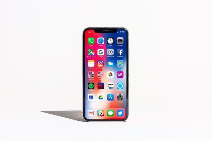 iPhone-X-1533610252_680x0.jpg