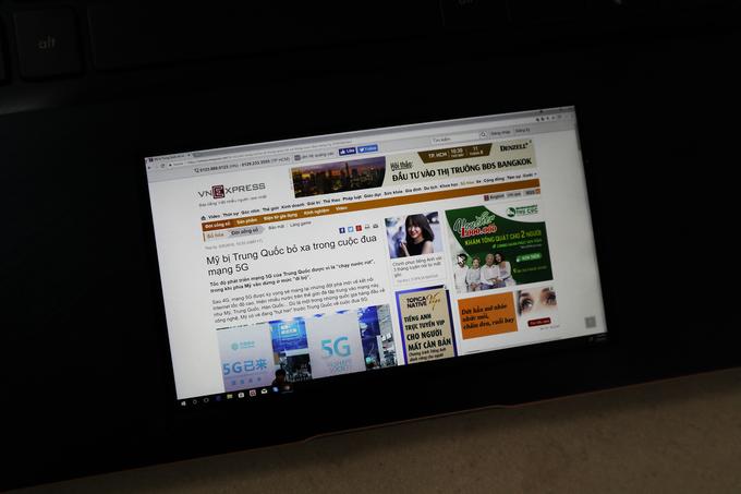 Laptop Asus chạy Core i9 giá 80 triệu đồng