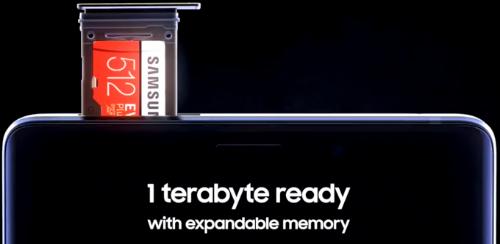 Theo nhiều nguồn tin, phiên bản rẻ nhất của Galaxy Note9 sẽ có bộ nhớ trong 128 GB - gấp đôi Galaxy Note8 bản rẻ nhất. Trong khi đó, model đắt nhất sẽ có bộ nhớ trong lên đến 512 GB cùng khe cắm thẻ nhớ tối đa 512 GB