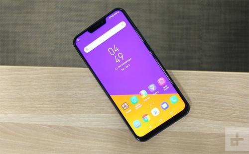 Zenfone 5/5Z: Màn hình 6,2 inch tỷ lệ 83,6Asus từng tuyên bố smartphone của họ đạt tỷ lệ màn hình 90% nhờ tai thỏ mỏng hơn iPhone X. Tuy nhiên, với cạnh dưới khá dày, tỷ lệ đo thực tế là 83,6%.