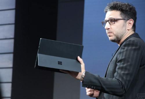 Surface Pro 6 với tuỳ chọn chip 4 nhân Core i5 hoặc i7 thế hệ 8. Ảnh: Verge