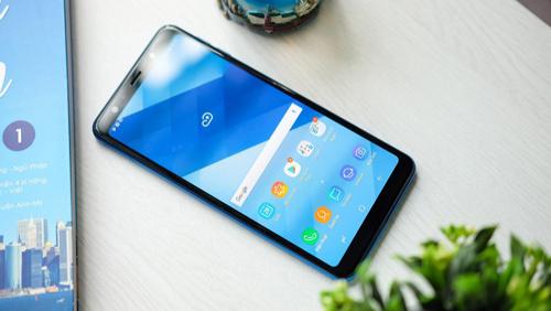 Đặt trước Galaxy A7 2018 tại Thế Giới Di Động với nhiều ưu đãi