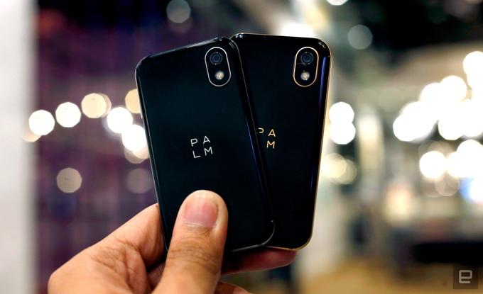 Palm hồi sinh với mẫu điện thoại tí hon