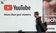 Nhiều vlogger 'thất thu' vì YouTube gặp sự cố