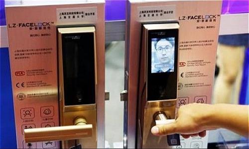 Ổ khóa thông minh nhận diện bằng khuôn mặt dễ bị đánh lừa