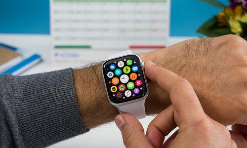 apple-co-the-trang-bi-camera-cho-dong-ho-watch
