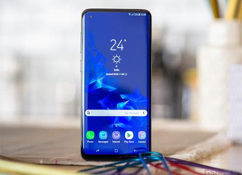 Galaxy S10+ được kỳ vọng sẽ có màn hình tràn viền hoàn toàn nhưng không có tai thỏ.
