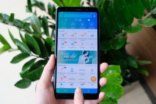 Các ứng dụng số thời 4.0 đã thay đổi thói quen sinh hoạt của người Việt.