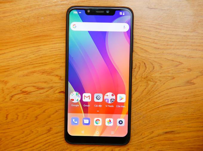 Smartphone có màn hình tai thỏ giá rẻ Vsmart Joy 1+