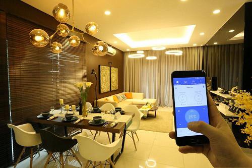 Ngôi nhà thông minh cho phép điều khiển nhiệt độ trong phòng, hệ thống đèn, rèm... Ảnh: Bkav.