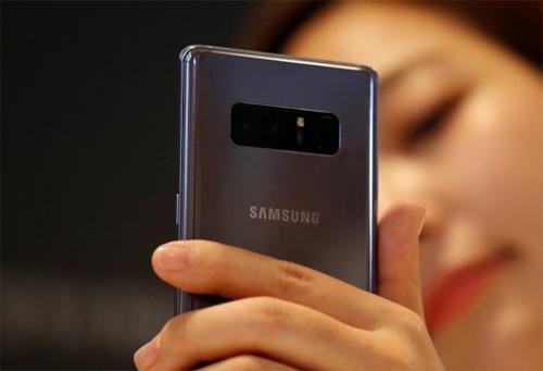 samsung-noi-an-do-kho-canh-tranh-lam-smartphone-voi-viet-nam