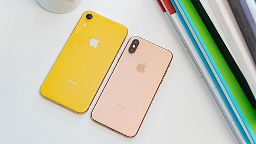 iPhone XR có nhiều màu sắc, pin lớn nhưng doanh số không như kỳ vọng ban đầu. Ảnh: macworld