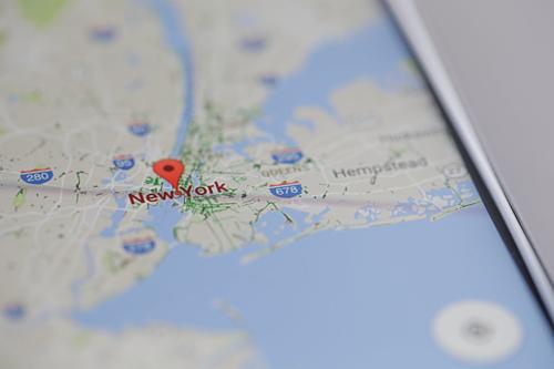 Các ứng dụng như Google Maps cài trên iPhone có thể được Google sử dụng để lấy dữ liệu người dùng.