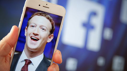 Facebook có thể sớm ra trợ lý ảo riêng. Ảnh: CNBC.