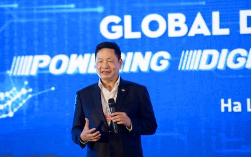 Ông Trương Gia Bình khẳng định mục tiêu của FPT là tư vấn chuyển đổi số.