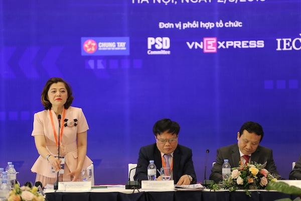 Điều phối hội thảo: Bà Trương Lý Hoàng Phi, Sáng lập Trung tâm khởi nghiệp sáng tạo TP.HCM (BSSC), Giám đốc Vintech City.