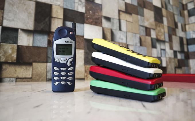 Bộ sưu tập điện thoại Nokia 5110 của nữ dân chơi Sài Gòn