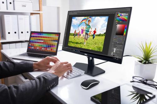 Việc mở rộng những giới hạn trong thiết kế tại sản phẩm tầm trung của Dell là đột phá lớn của Dell trong năm nay, mở ra nhiều lựa chọn hơn cho người tiêu dùng.