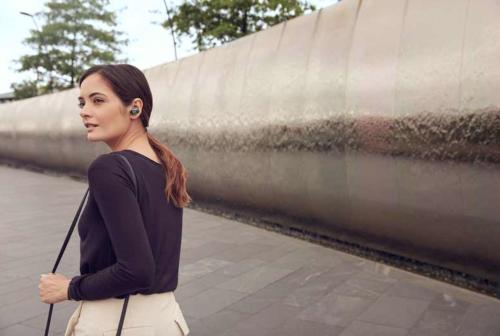 Sony WF-1000X không dây là tai nghe chống ồn dành cho những bạn hay di chuyển. Sony đưa ra nhiều ưu đãi dành cho khách hàng từ nay đến 16/6/2019, chi tiết xem tại đây.