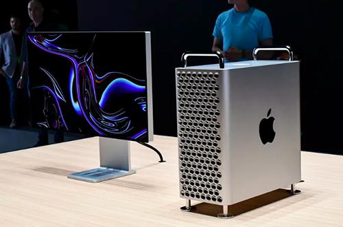 Apple Mac Pro có giá khởi điểm lên đến 6.000 USD. Ảnh: The Verge.