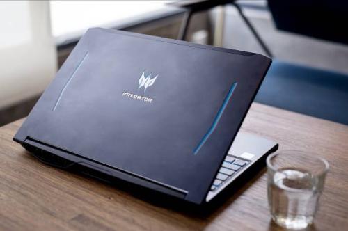 Trải nghiệm laptop chơi game Predator Helios 300