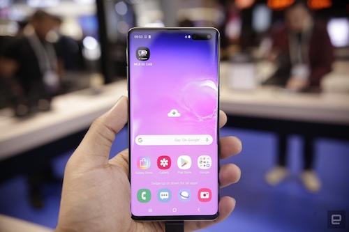 Galaxy S10 5G là smartphone tiên tiến nhất của Samsung. Ảnh: EnGadget.