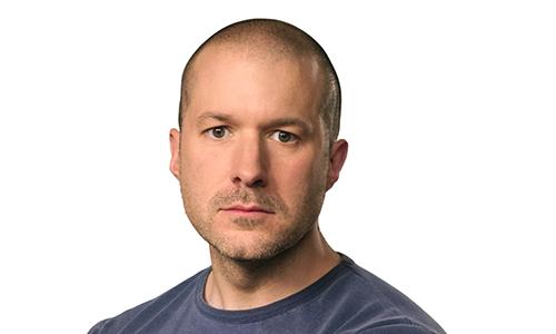 Jonathan Ive. Ảnh: Apple