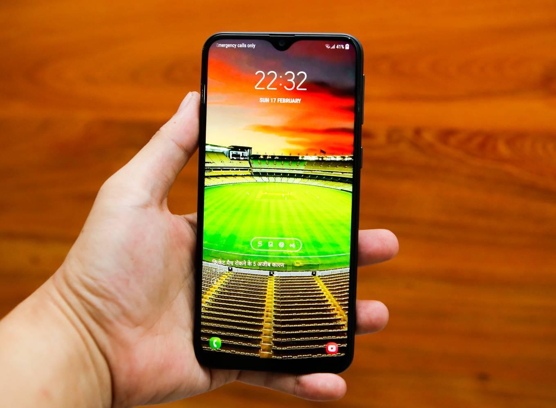 7 smartphone giá dưới 7 triệu được trang bị sạc nhanh