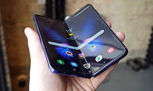 Samsung Galaxy Fold. Ảnh: Gtz