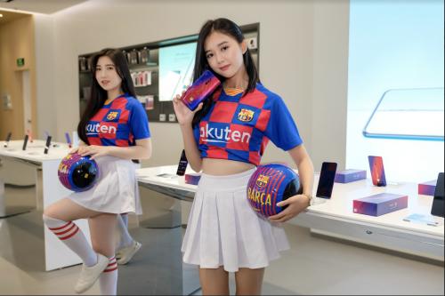 Oppo bán giới hạn Reno 10x Zoom phiên bản FC Barcelona tại Việt Nam.