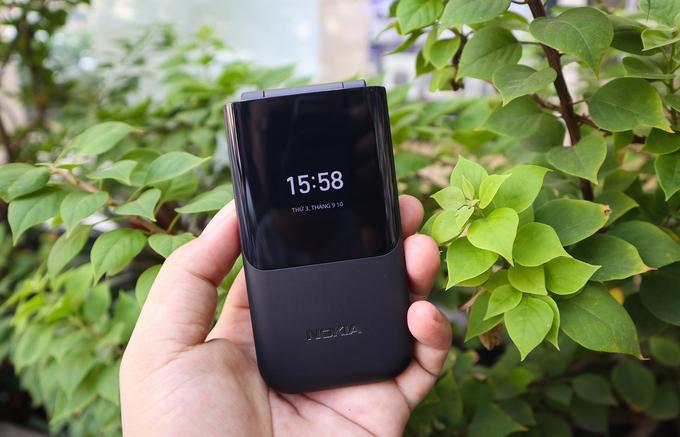 Điện thoại gập giá rẻ của Nokia về Việt Nam
